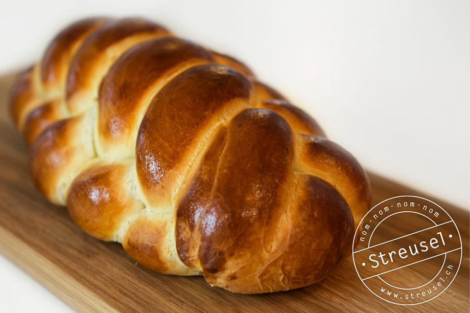 Rezept für Dinkel-Butterzopf – der Sonntagszopf mit Dinkelmehl