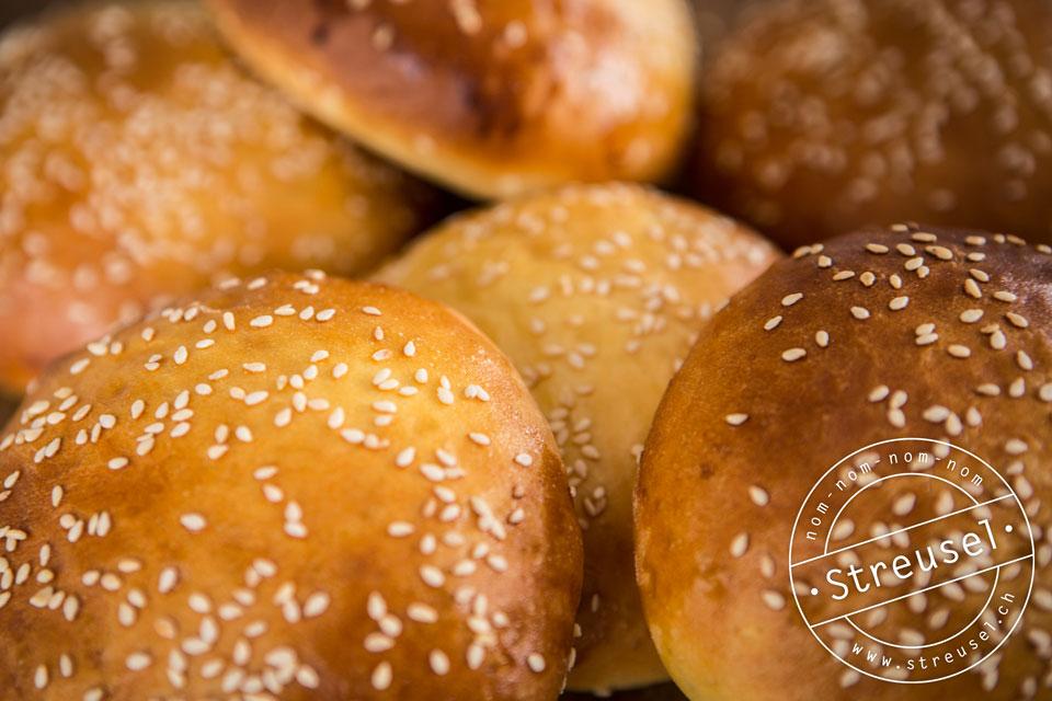 Rezept für Original Burgerbrötchen / Burgerbuns – selber machen