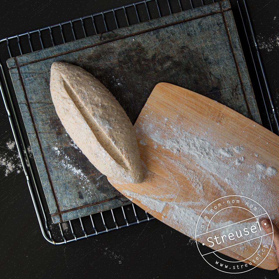 Backen auf dem Brotbackstein – ein Erfahrungsbericht