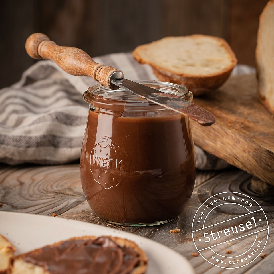 Rezept für selbst gemachtes Nutella – Rezept für Schoko-Haselnuss-Aufstrich