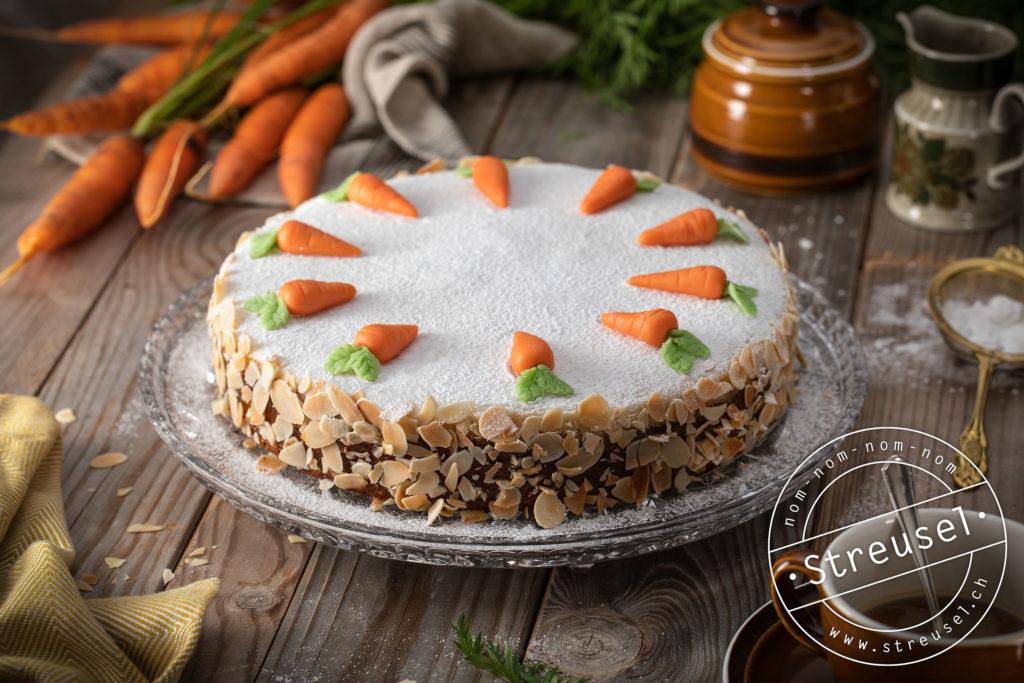 Rezept für Aargauer Rüeblitorte / Schweizer Karottenkuchen