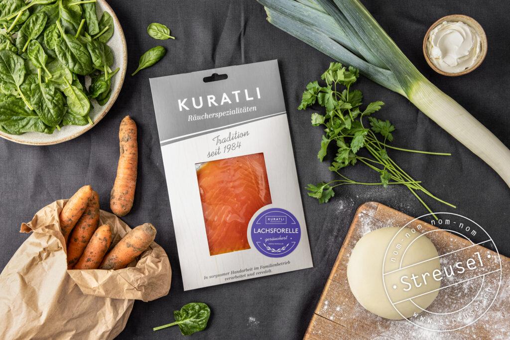 Rezept für selbst gemachten Gemüsestrudel mit Lachsforelle.